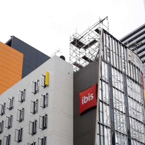 IBIS Swing Stage